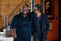 BEGIN AGAIN, (aka CAN A SONG SAVE YOUR LIFE?), from left: CeeLo Green, Mark Ruffalo, 2013. ph: Andrew Schwartz/©Weinstein Company