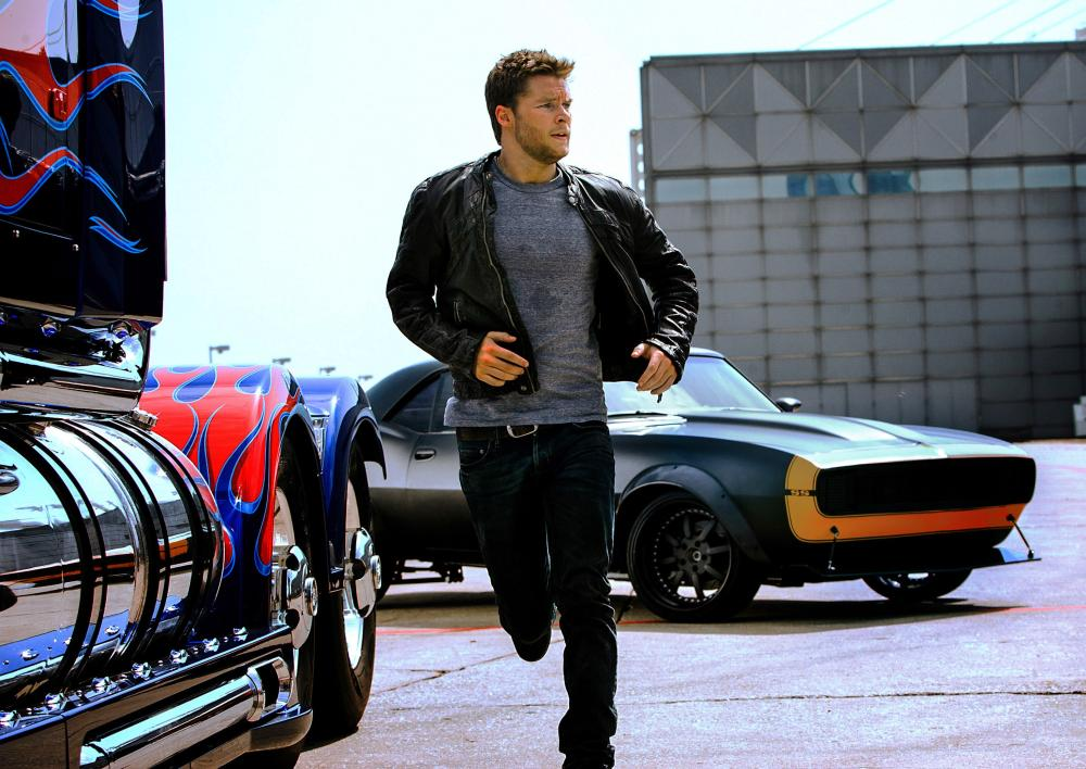 TRANSFORMERS: AGE OF EXTINCTION, Jack Reynor, with 1967 Camaro SS, 2014. ph: Andrew Cooper/©Paramount Pictures