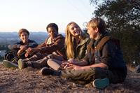 EARTH TO ECHO, from left: Teo Halm, Astro (Brian Bradley), Ella Wahlestedt, Reese Hartwig, 2014. Ph: Peter Iovino/©Relativity Media