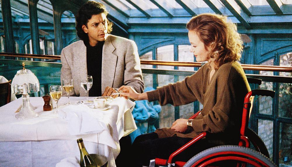 TWISTED OBSESSION, (aka EL SUENO DEL MONO LOCO), from left: Jeff Goldblum, Miranda Richardson, © Majestic Films