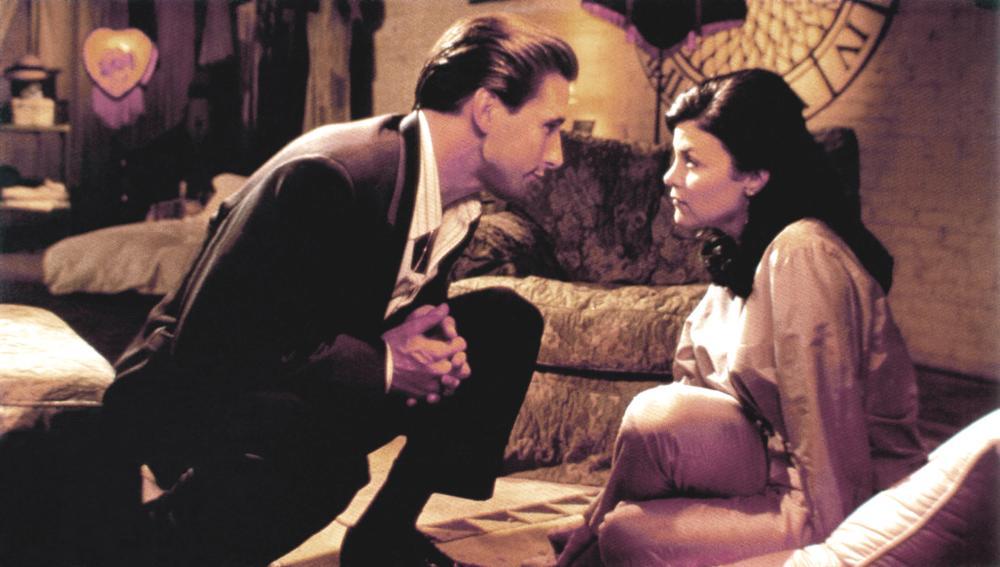 THREE OF HEARTS, from left, William Baldwin, Sherilyn Fenn, 1993, ©New Line Cinema
