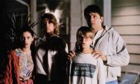 STAY TUNED, from left: Heather McComb, Pam Daeber, David Tom (eyeglasses), John Ritter, 1992, © Warner Brothers