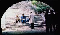 STILL OF THE NIGHT, seated from left: Roy Scheider, Joe Grifasi, 1982, © United Artists