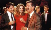 STEEL MAGNOLIAS, from left: Dylan McDermott, Julia Roberts, Tom Skerritt, 1989, © TriStar