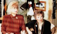 STEEL MAGNOLIAS, from left: Olympia Dukakis, Shirley MacLaine, 1989, © TriStar