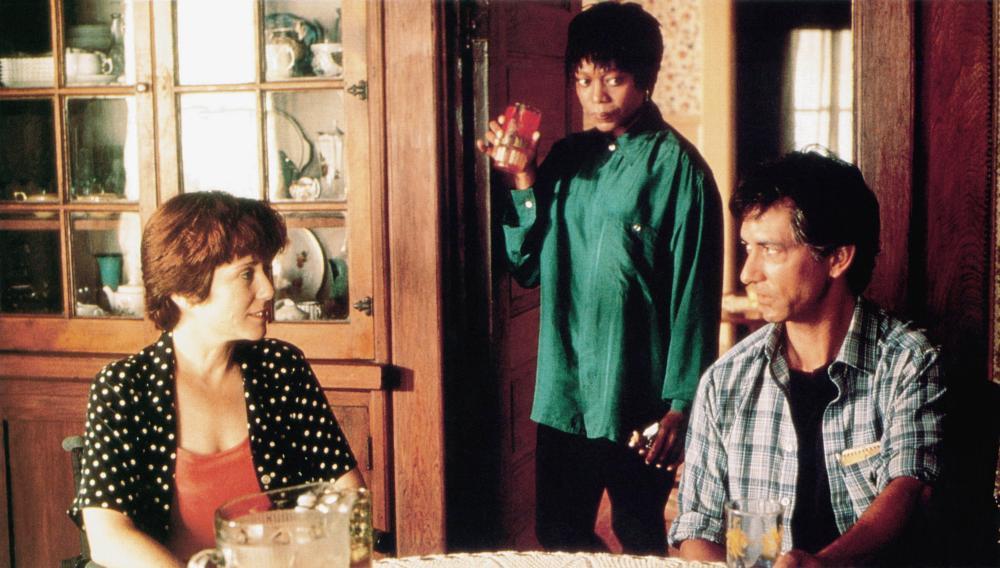 PASSION FISH, from left: Mary McDonnell, Alfre Woodard, Davis Strathaim, 1992, © Miramax