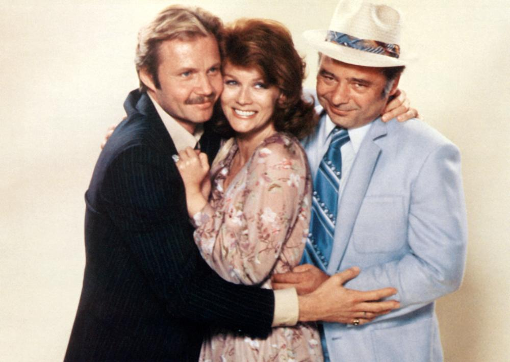 LOOKIN' TO GET OUT, Jon Voight, Ann-Margret, Burt Young, 1982, (c) Paramount