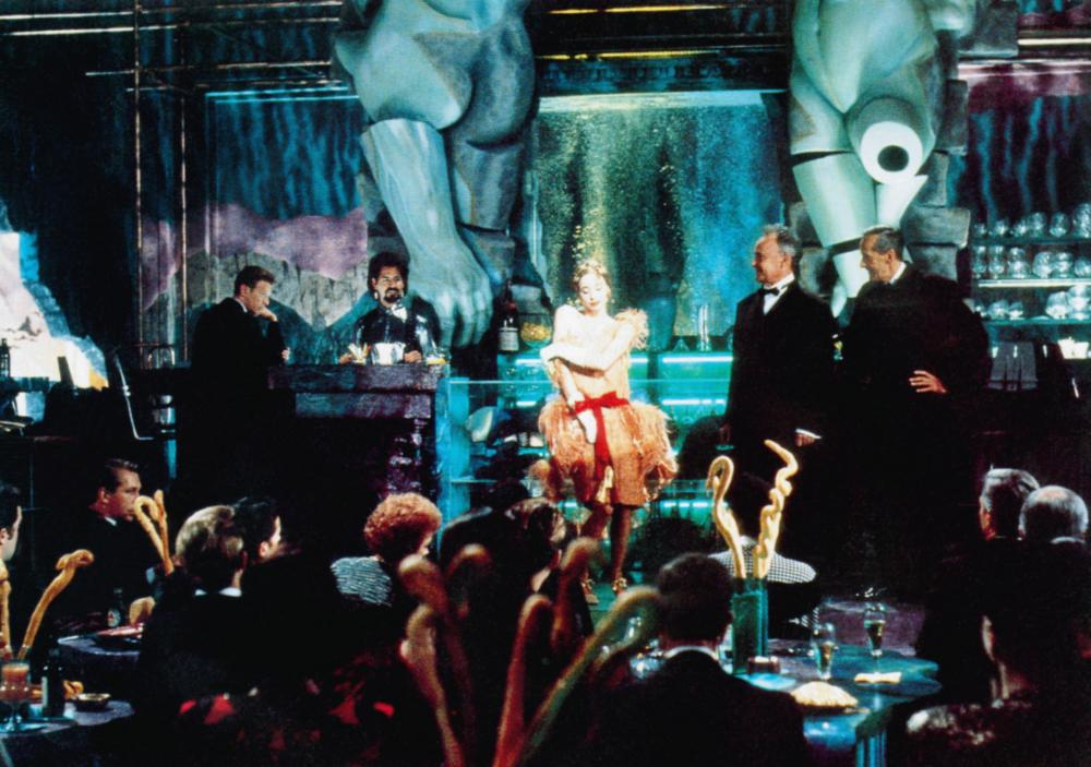 THE LINGUINI INCIDENT, David Bowie (standing left), standing center to right: Rosanna Arquette, Buck Henry, Andre Gregory, 1991, © Academy Entertainment