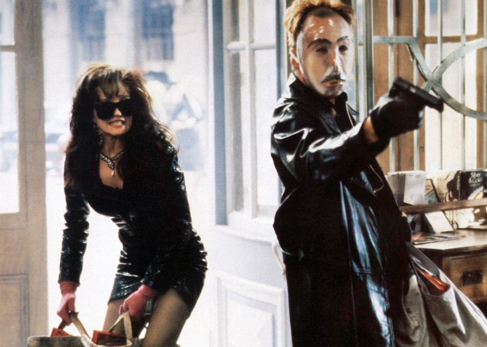 JOHNNY HANDSOME, from left: Ellen Barkin, Lance Henriksen, 1989. ©TriStar Pictures