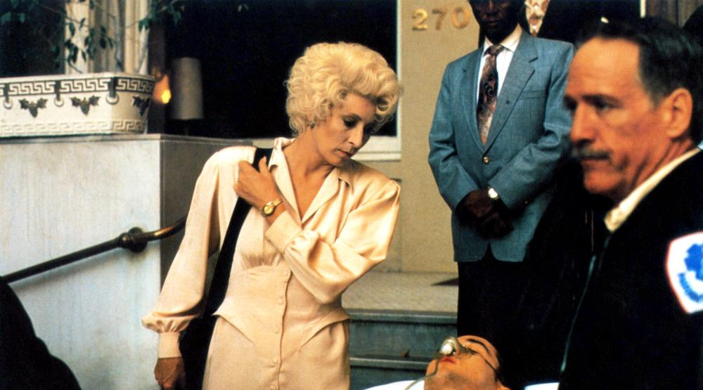 THE GRIFTERS, Anjelica Huston, John Cusack (lying down), 1990, (c) Miramax