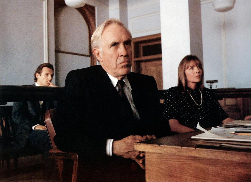 THE GOOD MOTHER, from left: Liam Neeson (back), Jason Robards, Diane Keaton, 1988. ©Touchtone Pictures