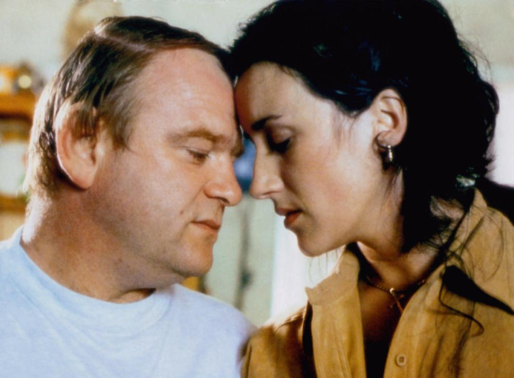 THE GENERAL, from left: Brendan Gleeson, Maria Doyle Kennedy, 1998, © Sony Pictures Classics