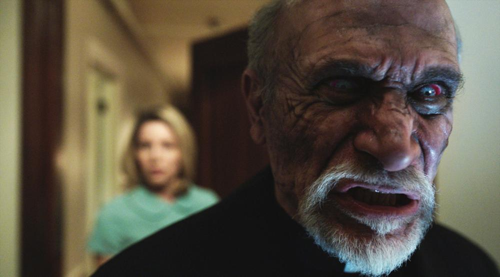 ANNABELLE, from left: Annabelle Wallis, Tony Amendola, 2014. ©Warner Bros. Pictures