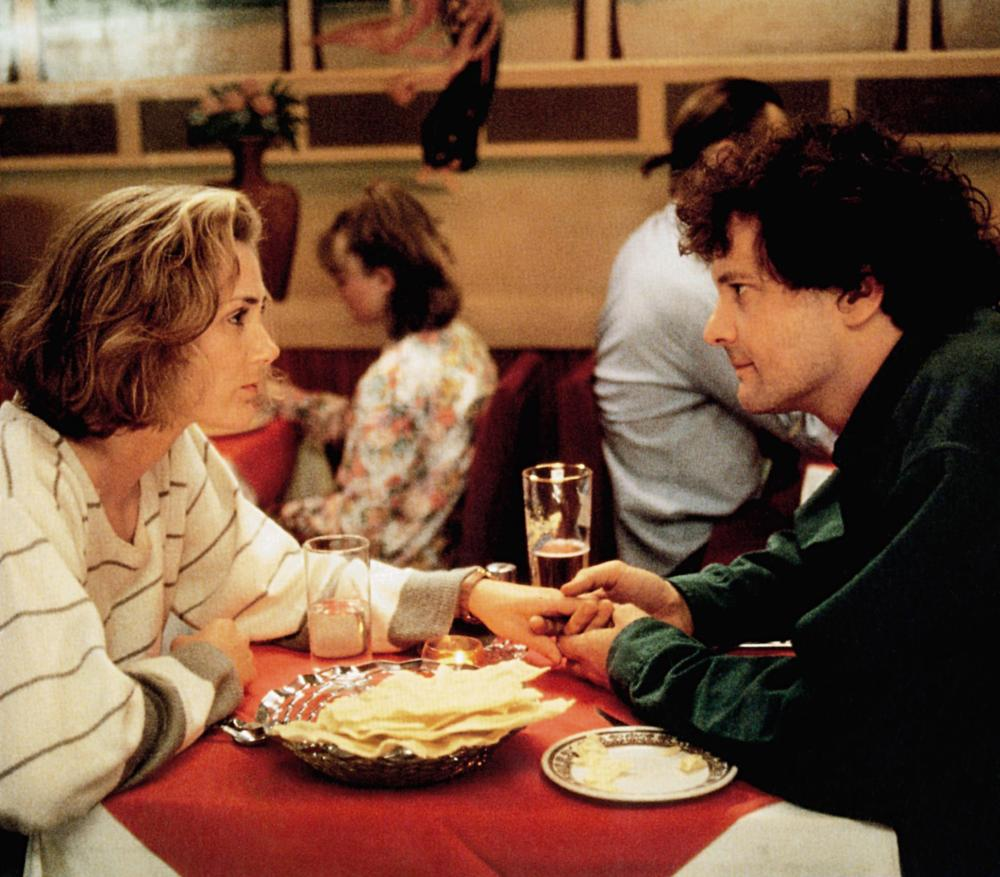 FEVER PITCH, from left: Ruth Gemmell, Colin Firth, 1997, © Phaedra Cinema