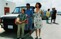 FATHER HOOD, front from left: Brian Bonsall, Halle Berry, Sabrina Lloyd, 1993, © Buena Vista