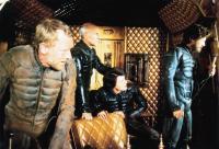 DUNE, Max Von Sydow (standing front), Patrick Stewart (standing center), Kyle MacLachlan (seated), Jurgen Prochnow (standing right), 1984, © Universal