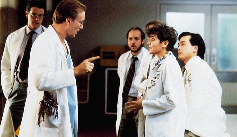 THE DOCTOR, face to face from left: William Hurt, Wendy Crewson, 1991, © Buena Vista