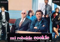COOKIE, (aka MI REBELDE COOKIE), Peter Falk (left and center arms folder), Brenda Vaccaro (center seated rear), Emily Lloyd (right), 1989, © Warner Brothers