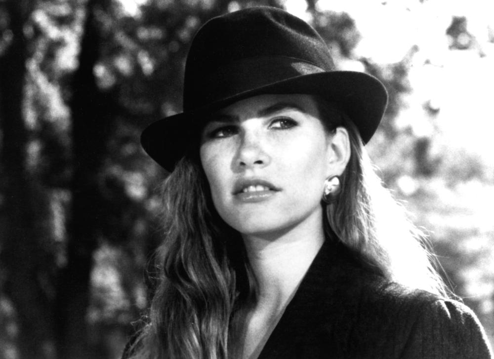 WITCHBOARD, Tawny Kitaen, 1987