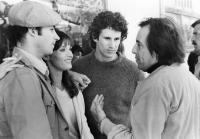 WILLIE AND PHIL, Ray Sharkey, Margot Kidder, Michael Ontkean, director Paul Mazursky, on-set, 1980, TM and Copyright © 20th Century Fox Film Corp. All rights reserved..